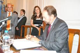DR. PROF EUGENIO LLAMAS POMBO CATEDRÁTICO DE DERECHO CIVIL
