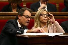 ARTUR MAS Y JOANNE ORTEGA-PARLAMENTO