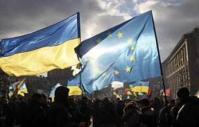 UCRANIA UN ESTADO SOBERANO DESDE 1991 CUYO PUEBLO QUIERE VIVIR EN DEMOCRACIA Y PERTENECER A LA UE.-