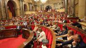 El Parlamento catalán reprueba a Pujol por ocultar fondos en el extranjeroLa cámara ha concluido que hay indicios de irregularidades en los negocios de su familia, además de advertir sobre la «connivencia» entre ciertos partidos y el poder económico EFEBarcelona, 21/07/2015 21:0721 de julio de 2015.