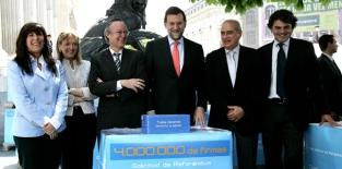 MARIANO RAJOY Y EQUIPO CELEBRAN SENTENCIA DEL TRIBUNAL CONSTITUCIONAL RESPECTO DEL RECURSO DE INCOSNTITUCIONALIDAD PRESENTADO CONTRA EL ESTATUTO CATALÁN 2006; SENTENCIA 2010