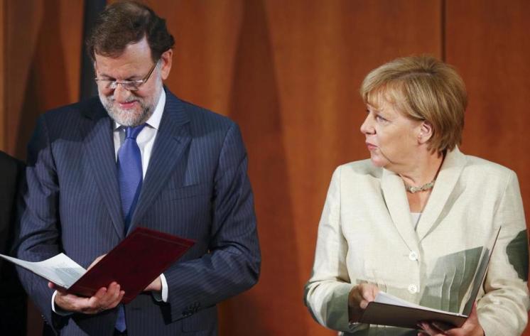 Mariano Rajoy y Angela Merkel en el Congreso Empresarial Hispano Alemán- 2 de setiembre de 2015 En su intervención en un congreso empresarial hispano-alemán, y también poco antes y en términos similares en una rueda de prensa conjunta con Merkel en la Cancillería, Rajoy destacó que su