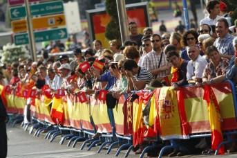 PROCLAMACION DE FELIPE VI 19 de junio de 2014, recorrido por las calles de España, aclamado por el pueblo español!