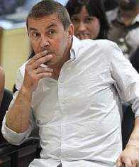 """NO EXISTE RESGUARDO LEGAL NI LEGITIMACIÓN POPULAR PARA LLEVAR ADELANTE """"NINGÚN PROYECTO SOBERANISTA; INDEPENDENITSTA!.- ES MÁS, ELLO HA SIDO ASÍ EXPRESADO Y RECONOCIDO POR LOS PROPIOS HACEEDORES DE TODA ESTA BARBARIDAD, QUE HAN TERMINADO RECONOCIENDO QUE NO ESTABAN DADAS LAS SITUACIONES PARA ACTUAR COMO LO HAN HECHO (Y ELLO TIENE QUE SER OÍDO Y ANALIZADO POR ARTUR MÁS) RESPECTO DE TODA ESTA """"ODISEA INDEPENDENTISTA, HOJA DE RUTA A NINGUNA PARTE, COMO EXPRESARAMOS REITERADAMENTE, PORQUE PARTE DE NINGUNA PARTE"""", EN ATENCIÓN A QUE NO LO PERMITE LA CONSTITUCIÓN, LA LEY FUNDAMENTAL DEL ESTADO, NI LAS DICTADAS EN SU CONSECUENCIA; NI TAMPOCO HOY,MANIFIESTAMENTE, A PARTIR DEL """"27 DE SETIEMBRE DE 2015"""", ASI LO DESEA LA MAYORIA DE LA VOLUNTAD POPULAR EN DEMOCRACIA!.- SIN EMBARGO Y CONTRARIO SENSU…""""La banda terrorista, considera que se están fortaleciendo """"las condiciones para el cambio político y social"""", apela al """"abertzalismo"""" en su conjunto a asumir la """"responsabilidad principal de dirigir el proceso soberanista"""", LO CUAL , NO ES REAL.- ES ESENCIAL QUE NUESTRAS AUTORIDADES TENGAN PRESENTE ELLO!.- ETA considera que hay que dar pasos significativos """"en la colaboración entre abertzales, desde el ámbito nacional a los pueblos, para conseguir en los próximos años"""" la soberanía, la unidad territorial y la euskaldunización. """"TODO LO CUAL ES CONTRARIO NO SOLO AL DERECHO NACIONAL, SINO AL DERECHO INTERNACIONAL Y ASI SE HA RECONOCIDO, como hemos analizado también, en su oportunidad"""".-"""