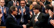 Amarga victoria para ERC · La CUP hace presidente a Puigdemont