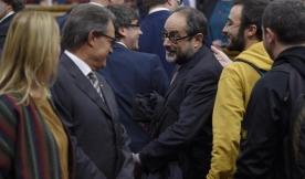 El Parlament ratifica el pleno de 'desconexión' para el lunesamplían con un anexo de desobediencia social la declaración de rupturahttp://www.elmundo.es/cataluna/2015/11/06/563c9a13e2704e47778b45b2.html