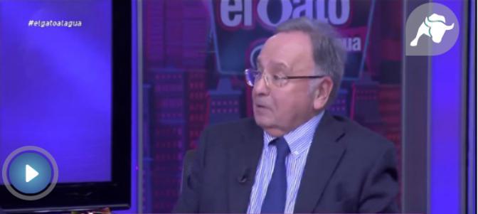 El presidente de Manos Limpias, Miguel Bernard, presenta este martes una querella contra Íñigo Errejón y Pablo Iglesias ante la sala segunda del Supremo, tras