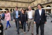 soraya-saenz-de-santamaria-en-la-plaza-pp-elecciones