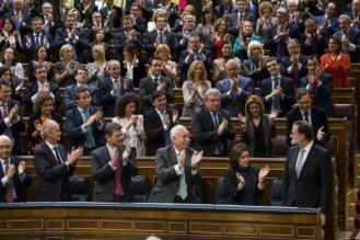 """MARIANO RAJOY EN LA CONCLUSIÓN DE LA CESIÓN DE INVESTIDURA PRESIDENCIAL EN EL CONGRESO DE LOS DIPUTADOS, ES INVESTIDO NUEVAMENTE, """"PRESIDENTE DE TODOS LOS ESPAÑOLES"""" EL DIA SÁBADO 29 DE OCTUBRE DE 2016.-"""