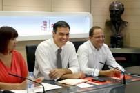 Pedro Sánchez (c), junto a la presidenta, Micaela Navarro, y el secretario de Organización, César Luena, al inicio de la reunión de la Ejecutiva Federal del partido. EFE/Chema Moya Leer más: Financial Times cree que «el estancamiento político en España dura demasiado tiempo» http://www.larazon.es/economia/financial-times-considera-demasiado-largo-el-estancamiento-politico-en-espana-CH13411267?sky=Sky-Agosto-2016#Ttt1po1nofRTtLL2 Convierte a tus clientes en tus mejores vendedores: http://www.referion.com