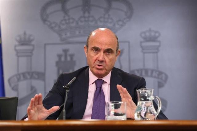 el-ministro-de-economia-y-competitividad-luis-de-guindos