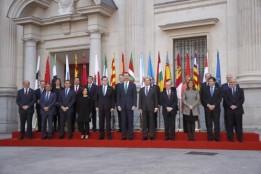 """La Conferencia de Presidentes ha logrado once acuerdos que han sido rubricados por Mariano Rajoy y los presidentes autonómicos, a excepción de Cataluña, Carles Puigdemont, y el lehendakari, Íñigo Urkullu, que no han acudido.- (""""Los 11 acuerdos de Conferencia de Presidentes http://www.larazon.es/espana/los-11-acuerdos-de-la-conferencia-de-presidentes-NE14329598?sky=Sky-Enero-2017#Ttt1qiU5EYxms2cU"""