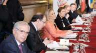 En Castilla y León llevamos años apostando por un autonomismo integrador, leal y cooperativo. En coherencia, otorgamos una gran significación política a la Conferencia de Presidentes. Y a que se celebre –es un acierto– en el Senado. Siempre hemos defendido que este debe profundizar en su naturaleza de Cámara de representación territorial. Entre tanto, es enormemente positivo que se escuche la voz de las comunidades Autónomas en el Senado de España. Que se alcancen acuerdos entre ellas y el Gobierno de España sobre la base de un buen trabajo previo. Y que se dé una proyección de continuidad a la celebración y al seguimiento de los acuerdos de la Conferencia de Presidentes. Nuestra concepción es también la del autonomismo útil, que funda su principal razón de ser en la prestación de unos buenos servicios públicos esenciales a los ciudadanos.http://elmirondesoria.es/cyl/junta-de-castilla-y-leon/herrera-defiende-un-autonomismo-util-en-la-vi-conferencia-de-presidentes-autonomicos