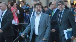 El número dos de JxCat, Jordi Sánchez / C. Pastrano.- Llarena da hasta el lunes para que Fiscalía y Vox informen sobre la libertad de Sánchez El Tribunal Constitucional (TC) ha rechazado poner en libertad al número dos de JxCat. https://www.larazon.es/espana/el-constitucional-rechaza-suspender-la-prision-preventiva-de-sanchez-BN17838832?sky=Sky-Marzo-2018#Ttt1Eis9naWhheJ8